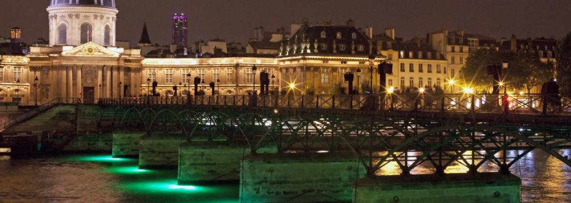 The most beautiful night in Paris; the Nuit Blanche from October 5th to 6th